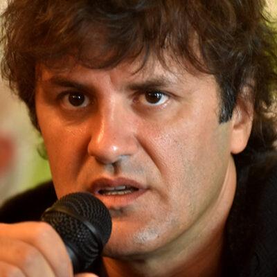 Ciro lanza «El Farolito» de Los Piojos en versión acústica