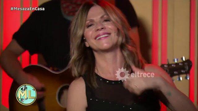 Marcela Morelo cantando