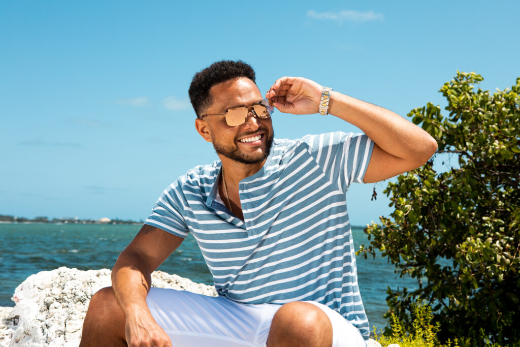 """Conkarah, el creador del hit """"Banana"""" nos traslada al verano con su nuevo single """"Papaya"""". Foto: Alix Charles Jr."""