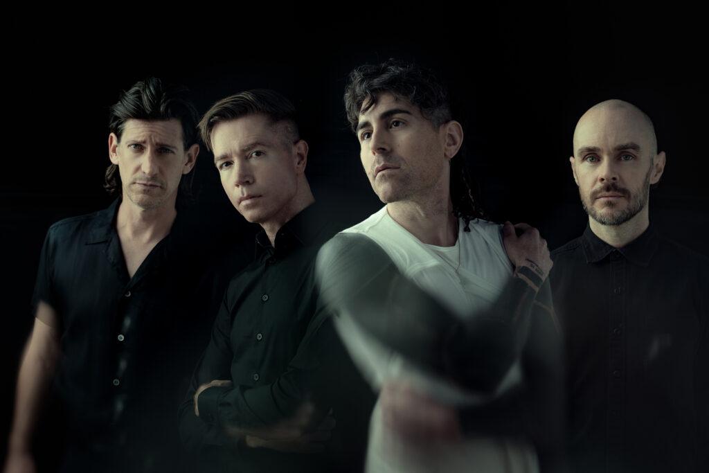 """AFI presenta el videoclip de """"Dulcería"""", single co-escrito con Billy Corgan"""