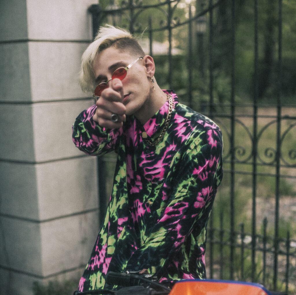 """Ciano presenta nuevo single """"Diamantes en bruto""""."""