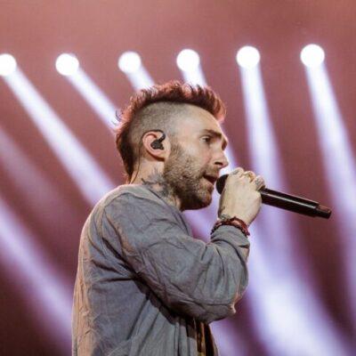 Maroon 5 lanza su nuevo disco con sorprendentes colaboraciones